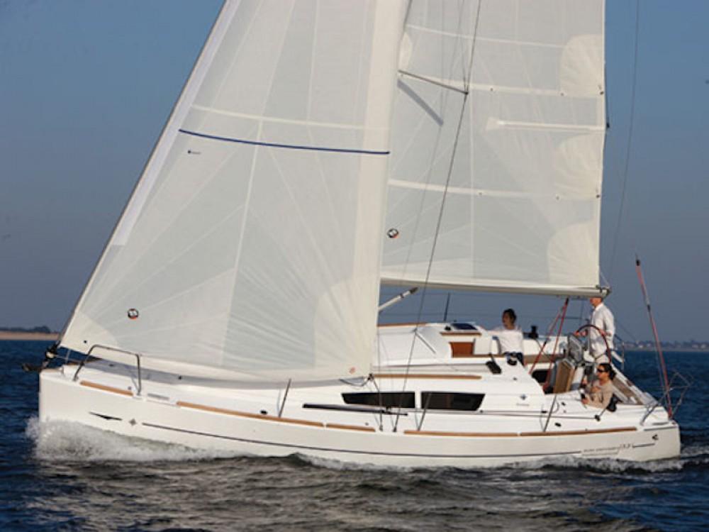 Jeanneau Sun Odyssey 33i entre particuliers et professionnel à Grèce