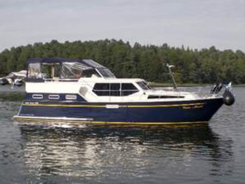 Aqua Yacht 1200 entre particuliers et professionnel à Kröslin