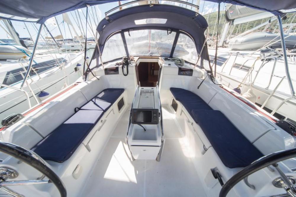 Louez un Jeanneau Sun Odyssey 449 à La Spezia
