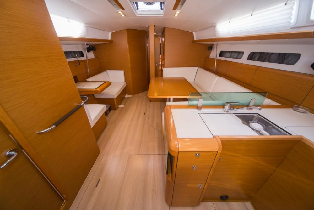 Location yacht à La Spezia - Jeanneau Sun Odyssey 449 sur SamBoat