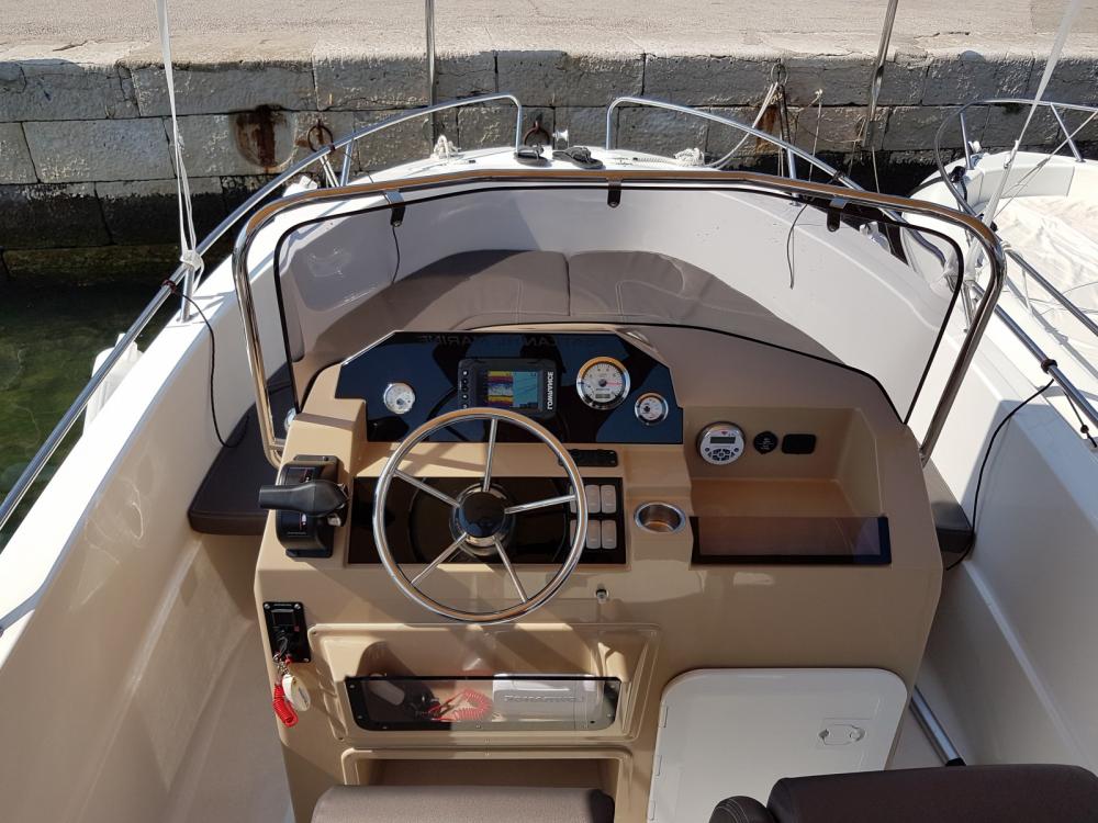 Location bateau Atlantic-Marine 530 Open à Krk sur Samboat