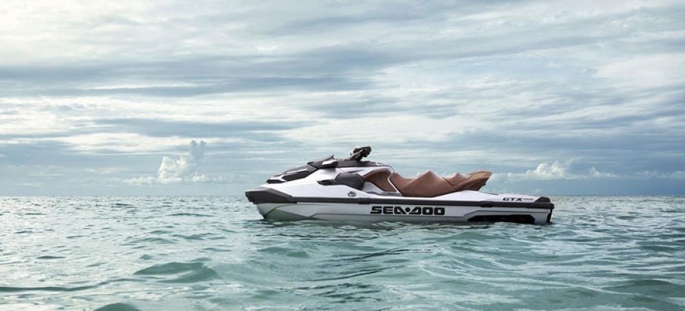 Location bateau Grimaud pas cher GTX LIMITED
