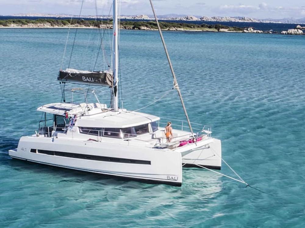 Location bateau Marina Gouvia pas cher Bali 4.1