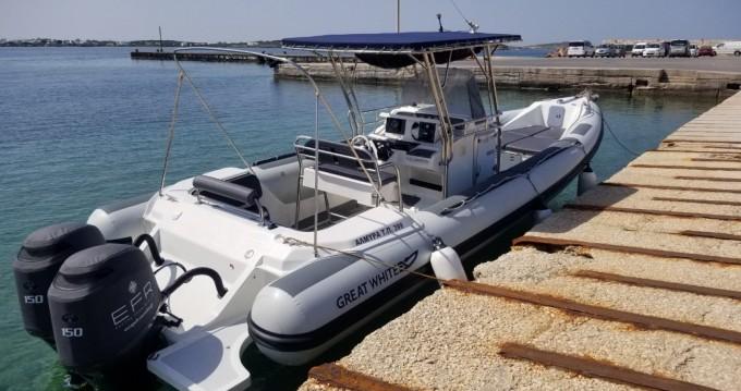 Location bateau Paros pas cher Faethon 900