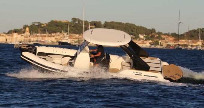 Louer Semi-rigide avec ou sans skipper Wimbi Boats à Port Grimaud