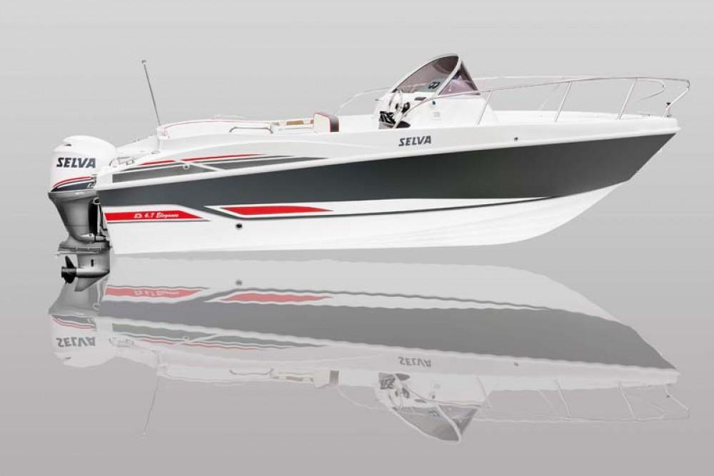 Louer Bateau à moteur avec ou sans skipper Selva à Grimaud