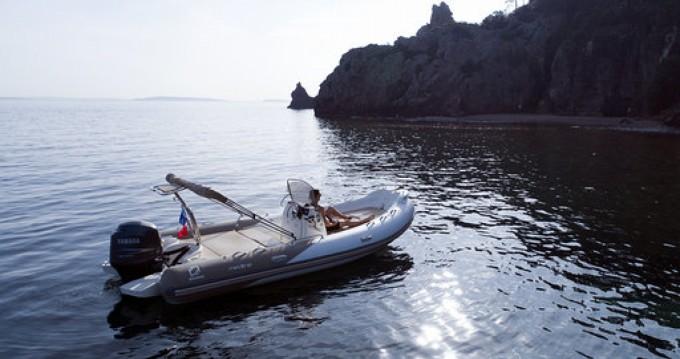 Location bateau Cannes pas cher Medline 650