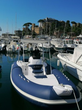 Location Semi-rigide à Rapallo - 2 BAR 2 bar 62