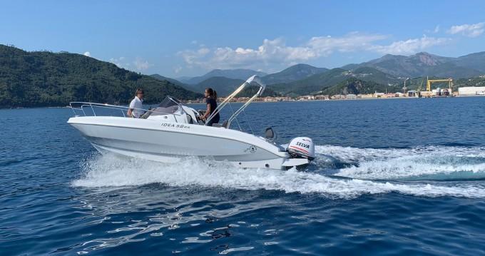 Louer Bateau à moteur avec ou sans skipper Idea Marine à Santa Margherita Ligure