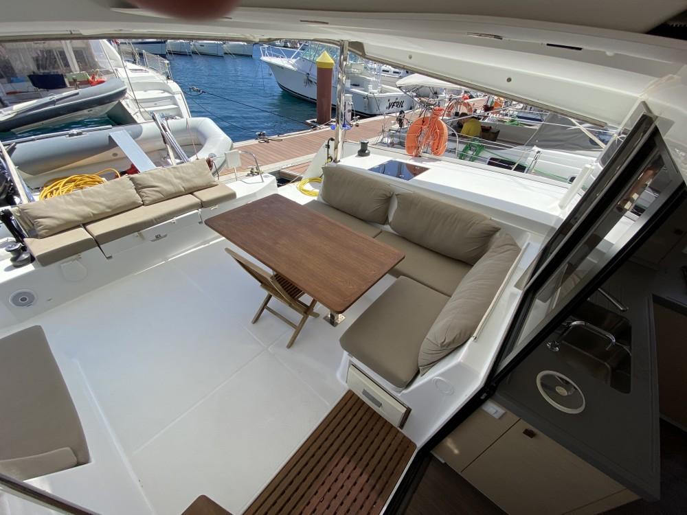 Location bateau Fountaine Pajot Lucia 40 à Ibiza Magna sur Samboat