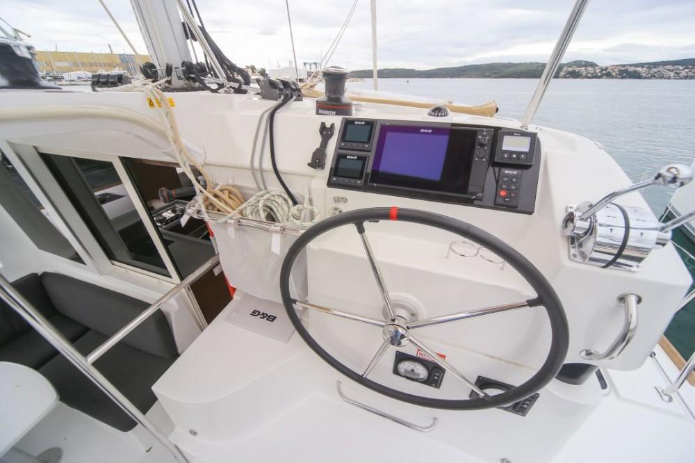 Location yacht à Saint-Mandrier-sur-Mer - Lagoon Lagoon 40 sur SamBoat