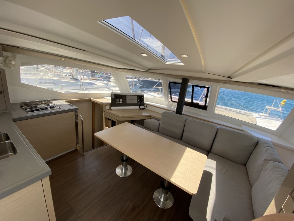 Location bateau Ibiza Magna pas cher Lucia 40