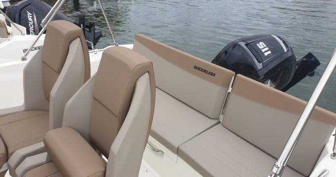 Location bateau Gruissan pas cher Activ 605 Open