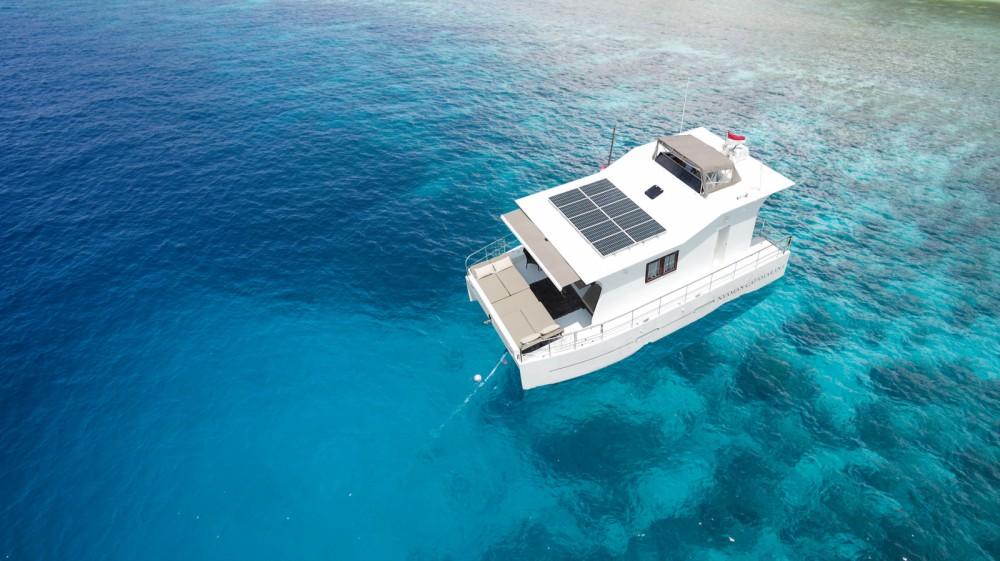 Bali Catamarans Bali 435 entre particuliers et professionnel à Denpasar
