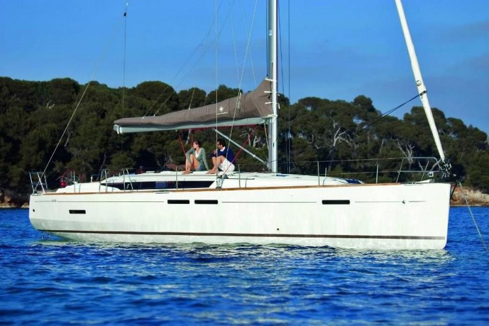 Louez un Jeanneau Sun Odyssey 449 à Saint-Mandrier-sur-Mer