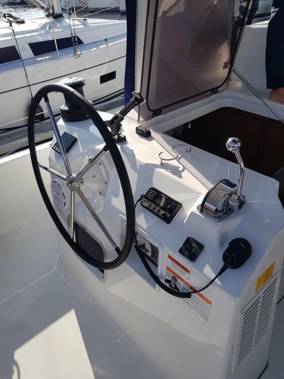Location bateau Jeanneau Sun Loft 47 à Trogir sur Samboat
