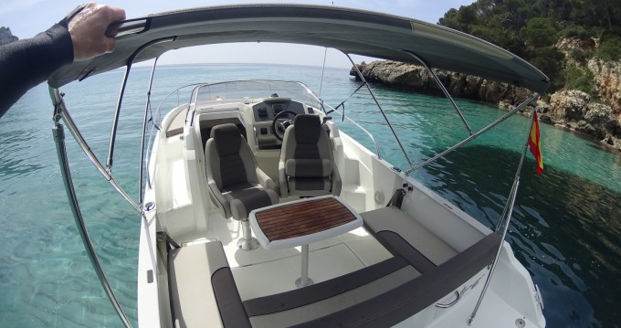 Location Bateau à moteur à Ciutadella de Menorca - Jeanneau Cap Camarat 7.5 WA Serie 2