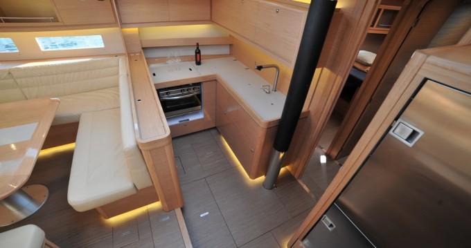 Dufour Dufour 56 Exclusive owner's version entre particuliers et professionnel à Marina di Portisco