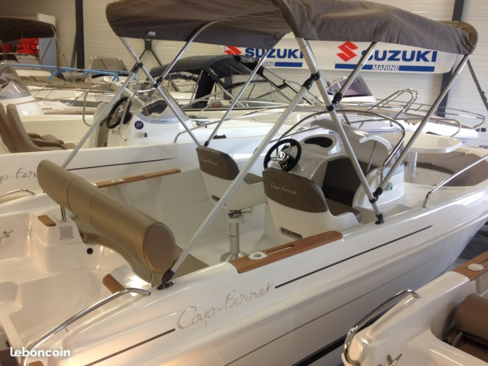 Location bateau B2 Marine B2 Marine 522 Open à Hyères sur Samboat