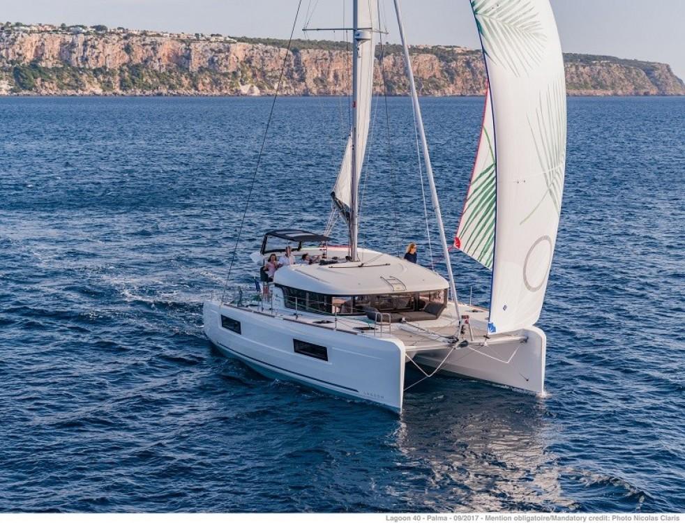 Location bateau Kotor pas cher Lagoon 40