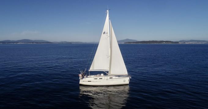 Louez un Bavaria 32 Cruiser à Vilagarcía de Arousa