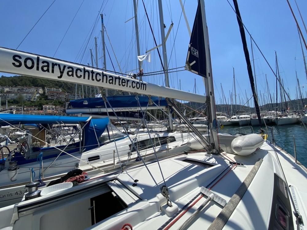 Bénéteau Oceanis 34 entre particuliers et professionnel à Fethiye
