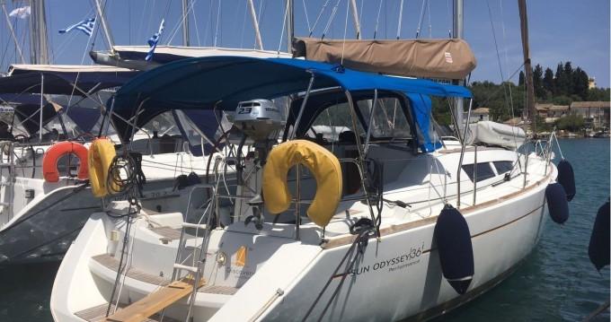 Location bateau Gouviá pas cher Sun Odyssey 36i