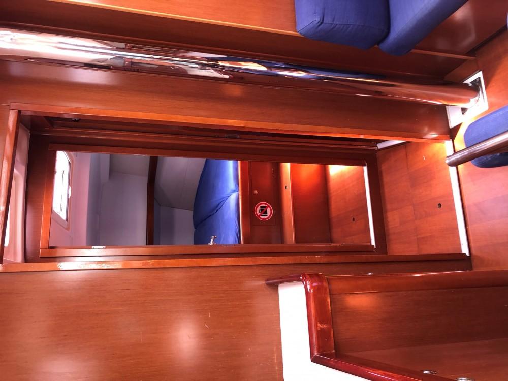 Louez un Bénéteau Oceanis 43 à Kontokali