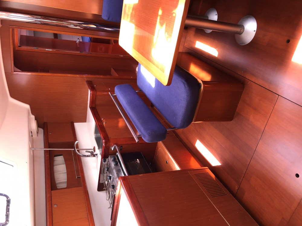 Location bateau Bénéteau Oceanis 43 à Kontokali sur Samboat