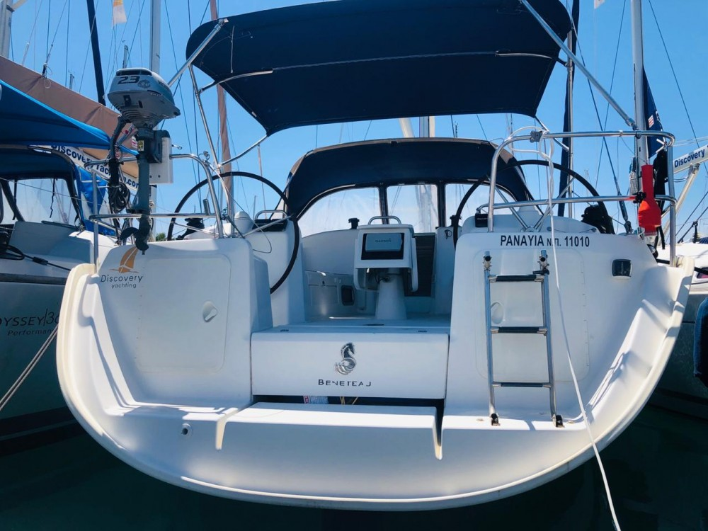 Location bateau Bénéteau Cyclades 39.3 à Marina Gouvia sur Samboat