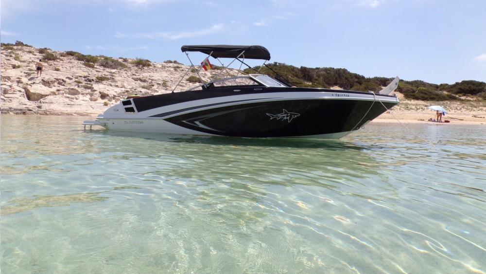 Location bateau Glastron GT 245 à Ibiza sur Samboat