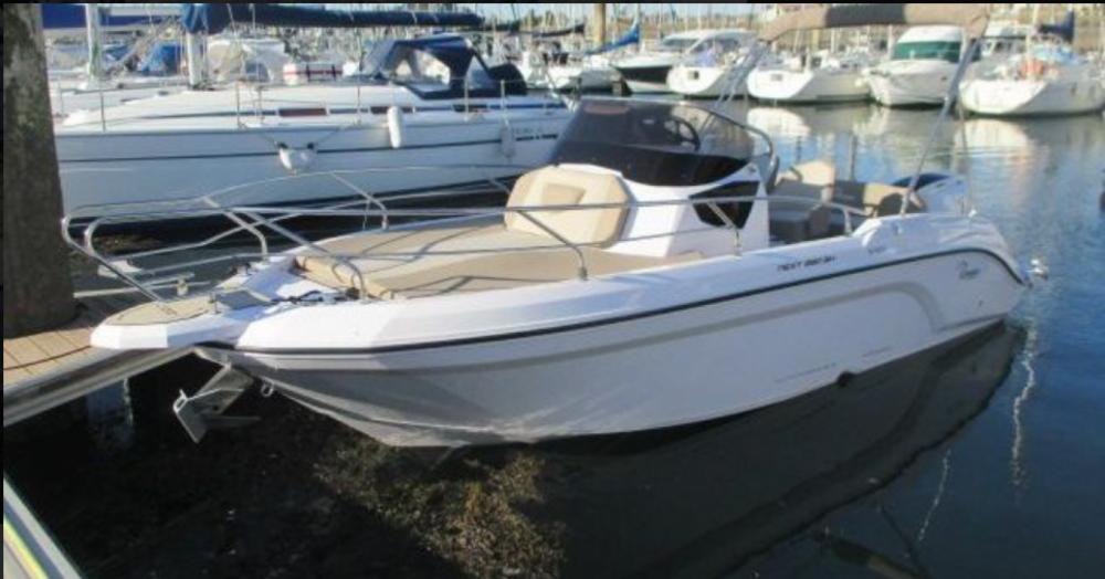 Location yacht à Arzon - Ranieri Next 220 SH sur SamBoat
