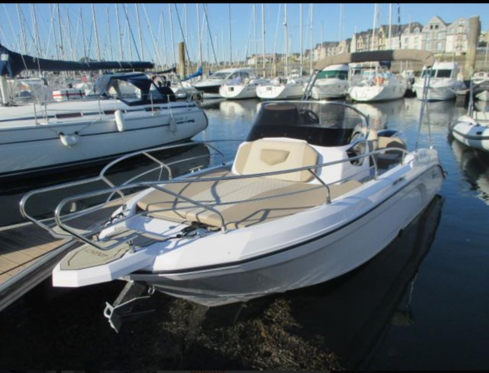 Location bateau Ranieri Next 220 SH à Arzon sur Samboat
