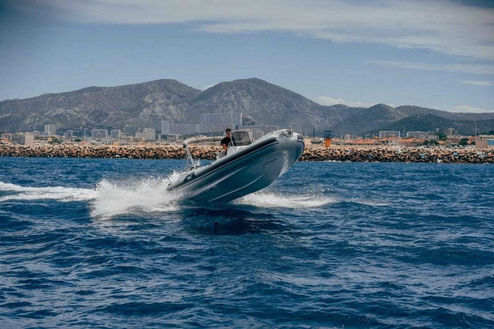 Louez un MV Marine GT 27 à Marseille