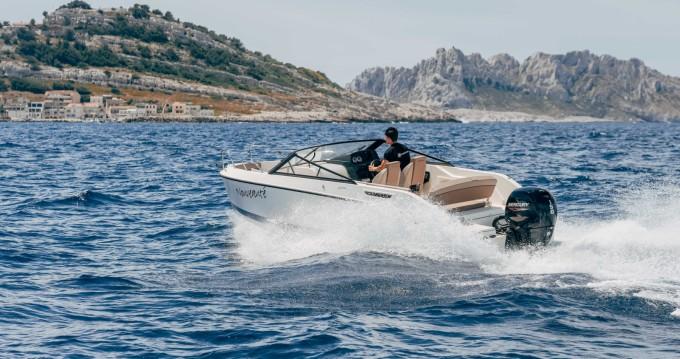 Location bateau Pointe-Rouge pas cher Activ 675 Bowrider
