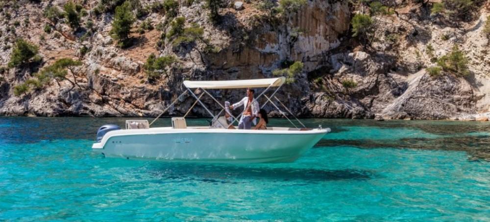 Location yacht à Maó - Invictus Invictus 190 FX sur SamBoat