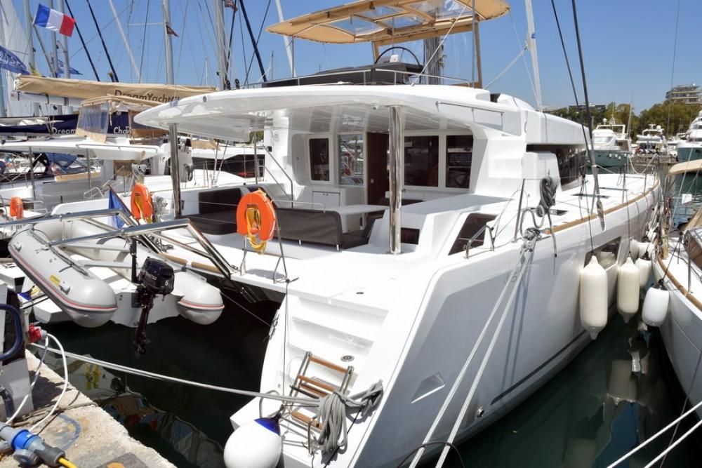 Lagoon Lagoon 52 entre particuliers et professionnel à La Spezia