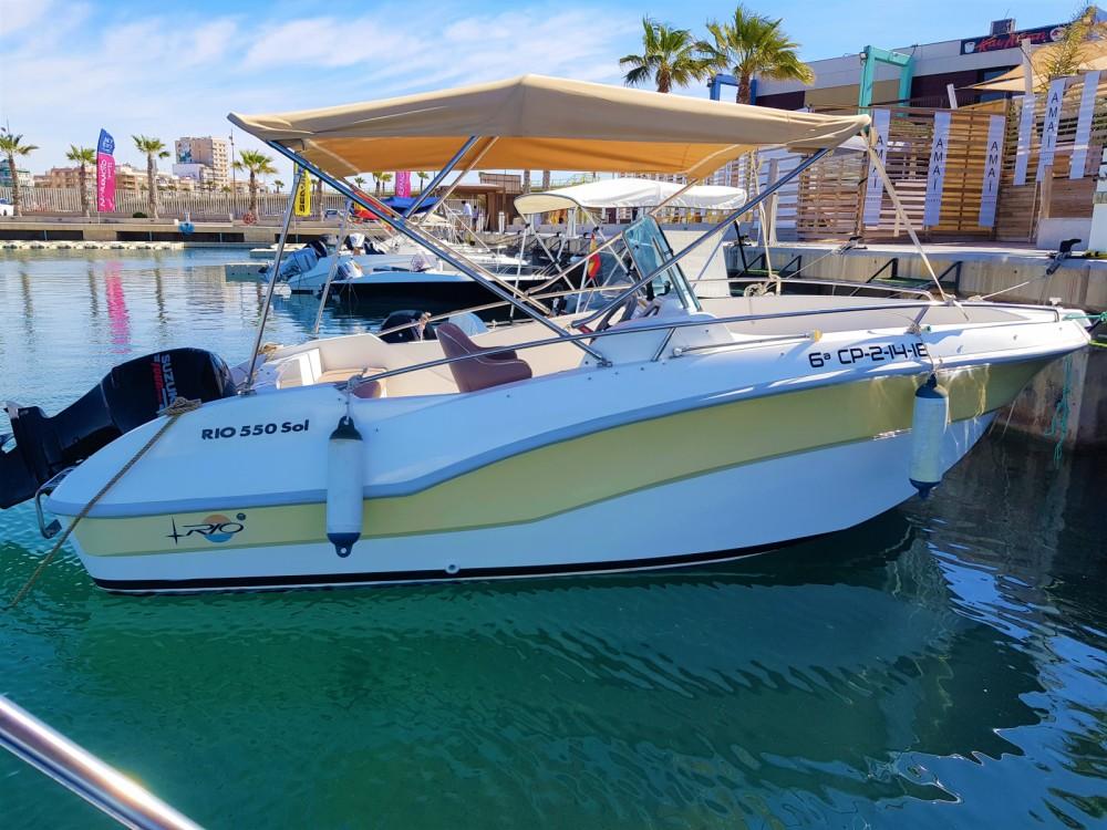 Location bateau Torrevieja pas cher Rio 550 SOL