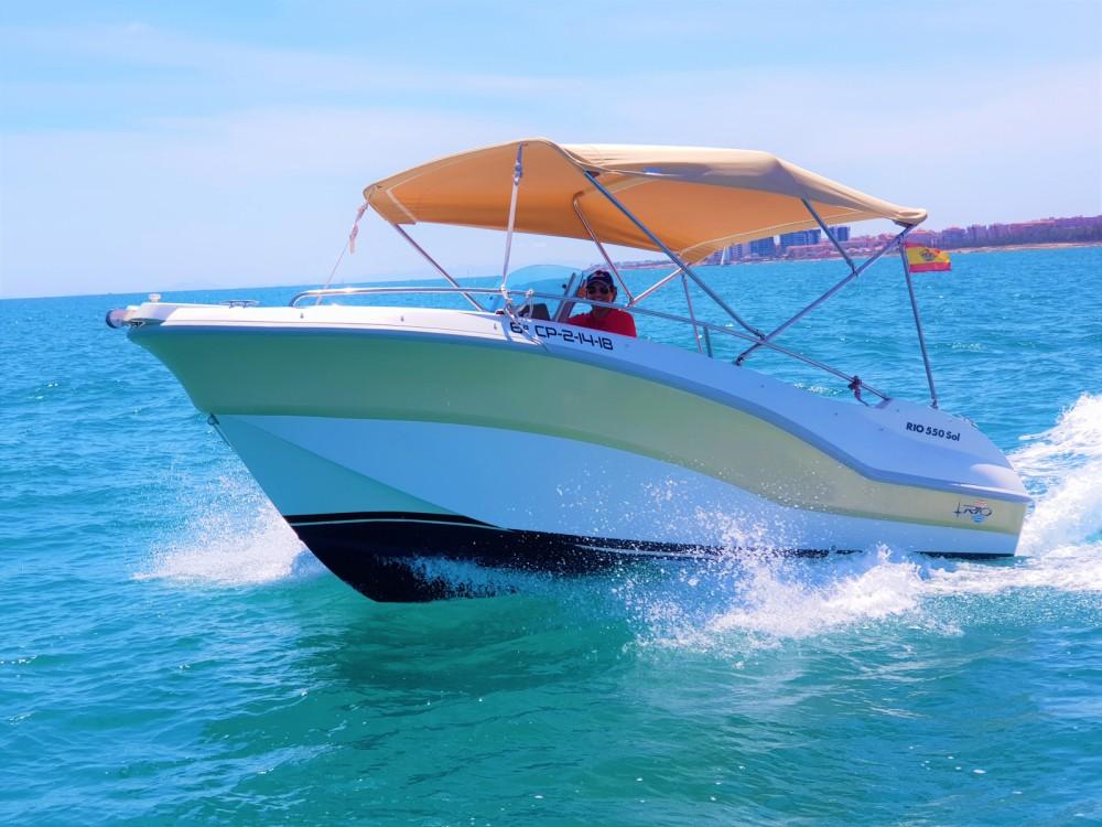 Louer Bateau à moteur avec ou sans skipper Rio à Torrevieja