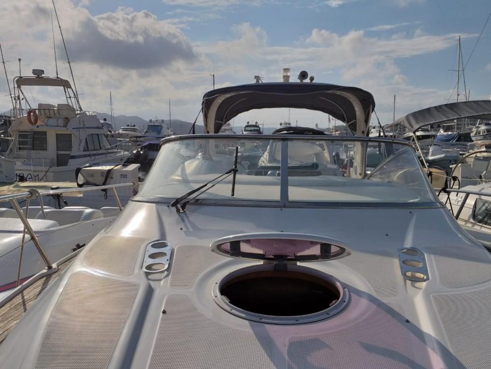 Louez un Bavaria BMB 30 Sport à Ibiza