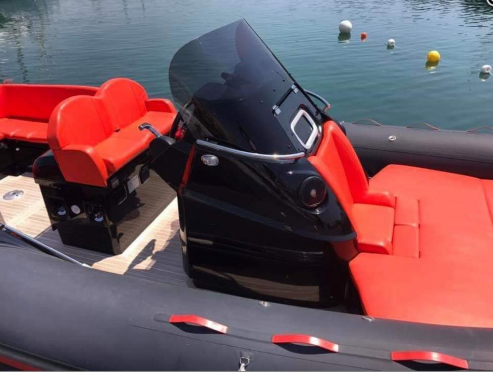 Louer Semi-rigide avec ou sans skipper Joker Boat à Marseille