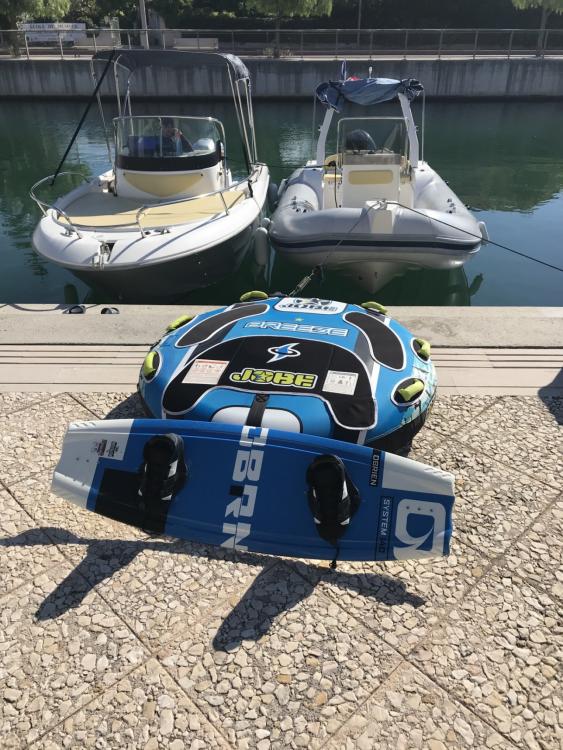 Louez un Sessa Marine Key Largo 20 Deck à Fréjus