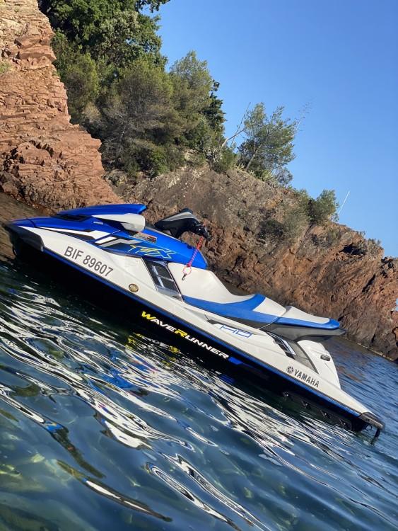 Louer Jet Ski avec ou sans skipper Yamaha à Mandelieu-la-Napoule