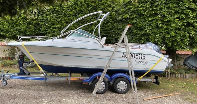 Location yacht à Montsauche-les-Settons - Jeanneau Cap Camarat 615 WA sur SamBoat