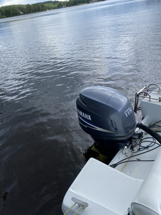 Location bateau Jeanneau Cap Camarat 615 WA à Montsauche-les-Settons sur Samboat