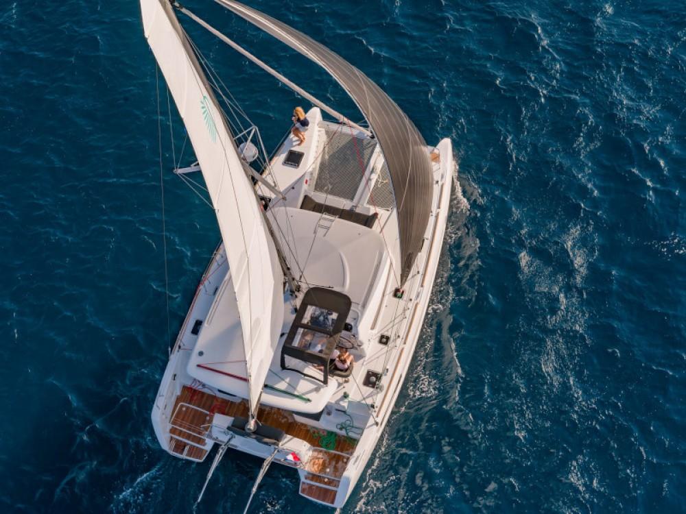 Lagoon Lagoon 40 entre particuliers et professionnel à Marina de Alimos