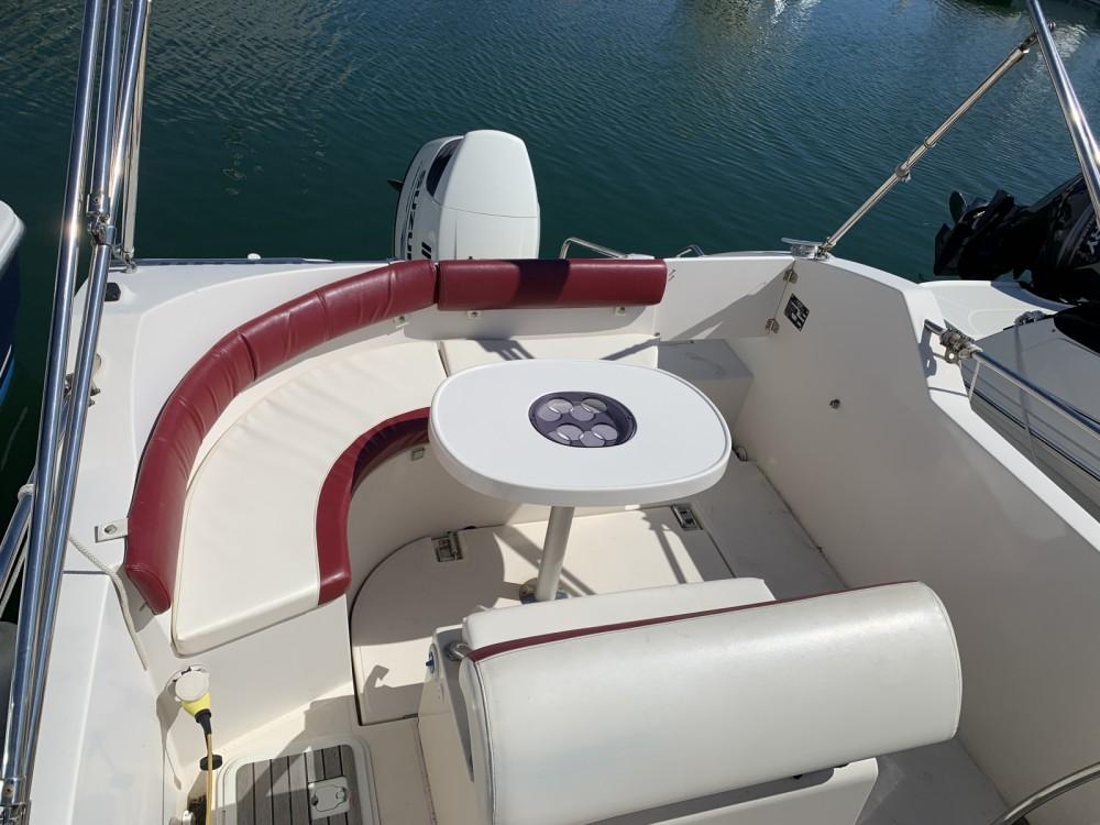 Louer Bateau à moteur avec ou sans skipper Ocqueteau à Le Grau-du-Roi