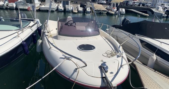 Louer Bateau à moteur avec ou sans skipper Ocqueteau à Port-Camargue