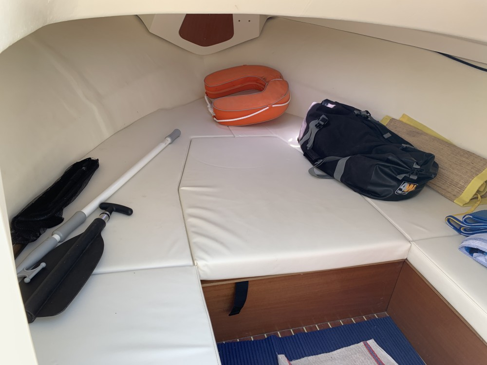 Location bateau Le Grau-du-Roi pas cher Abaco 22 Sun Deck
