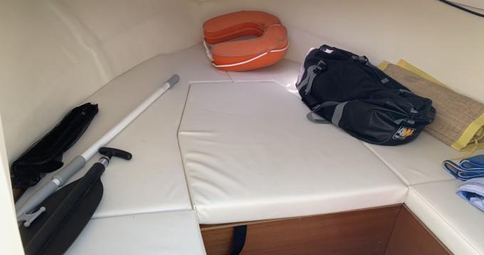 Ocqueteau Abaco 22 Sun Deck entre particuliers et professionnel à Port-Camargue